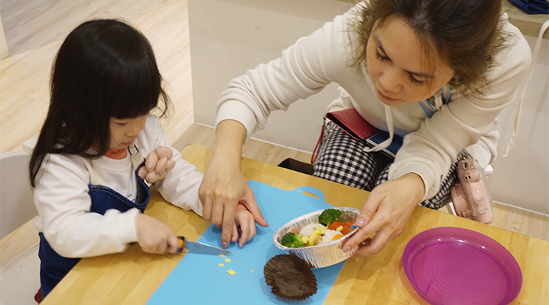 【2~4歲】Cooking ABC ,在料理中學英語