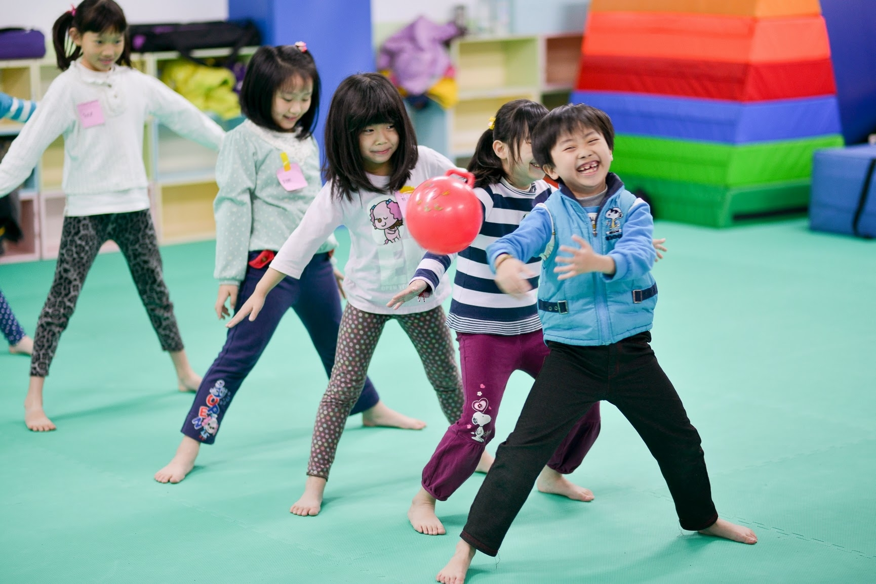 【兒童瑜珈】跟著優人故事玩瑜珈!