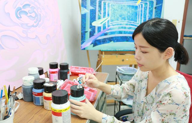 黃芷葳-壓克力繪畫展