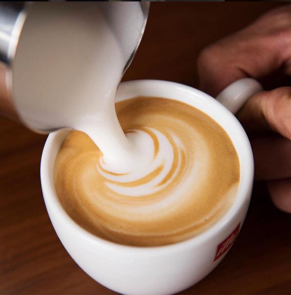 illy進階拉花咖啡課程